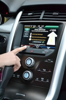 Consumer Updates Ford SYNC in the Ford Edge